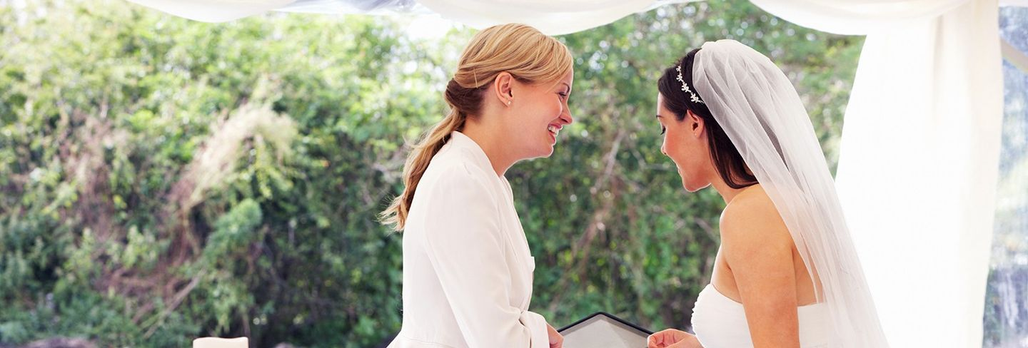 The 9 Best Wedding Planners Near Me (with Free Estimates)
