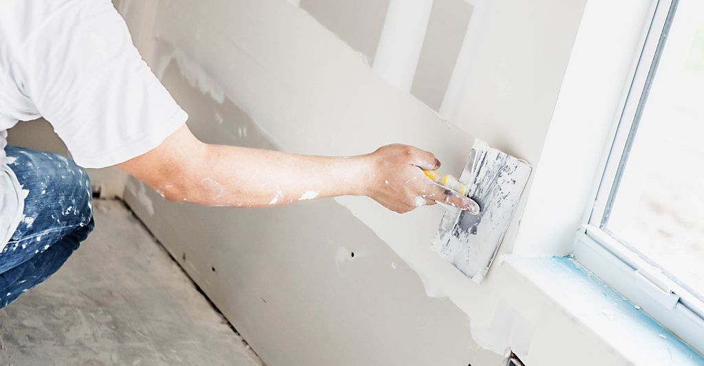 A drywall contractor in Kissimmee, FL
