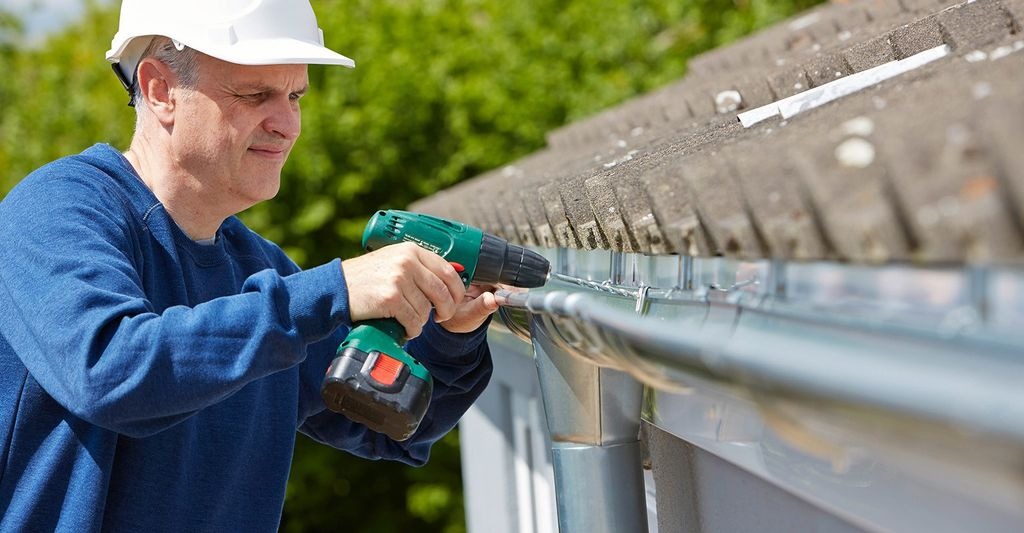 A gutter repair service in Atlanta, GA