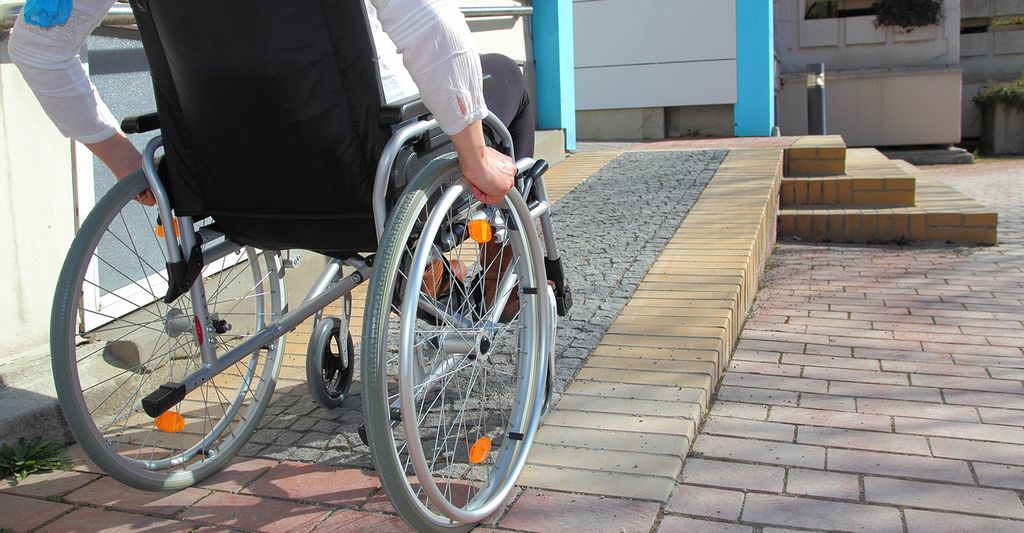 Find a wheelchair ramp installation contractor near Suffolk, VA