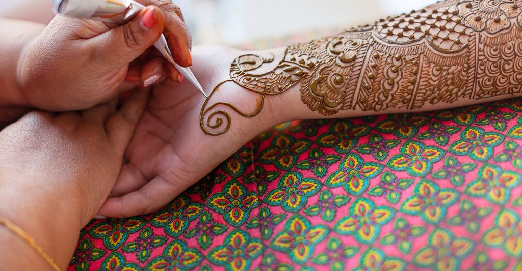 A Henna Artist in Richmond, CA