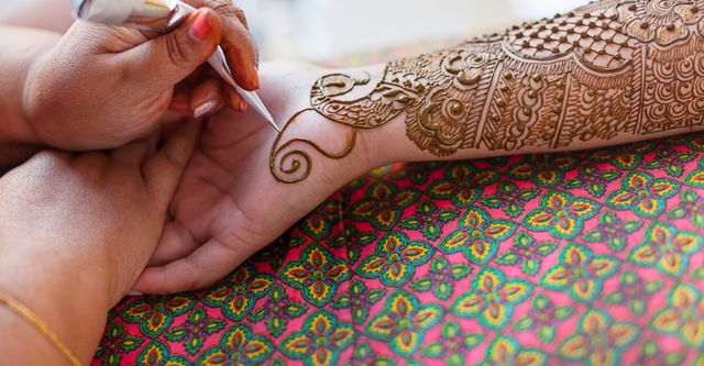 The 10 Best Henna Artists Near Me With Free Estimates