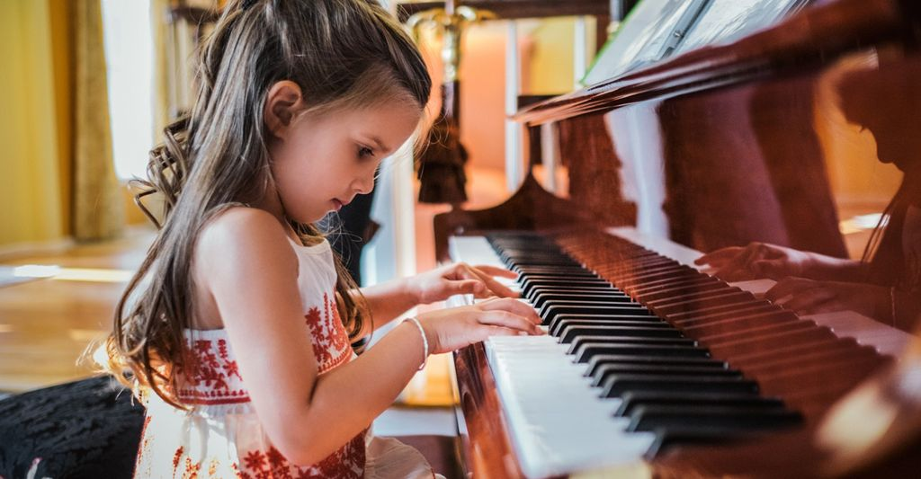 A piano instructor in Pleasanton, CA