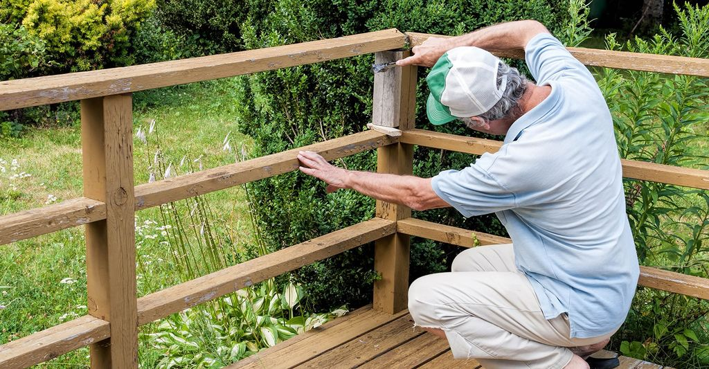 Find a stair railing installation contractor near Sandy Springs, GA