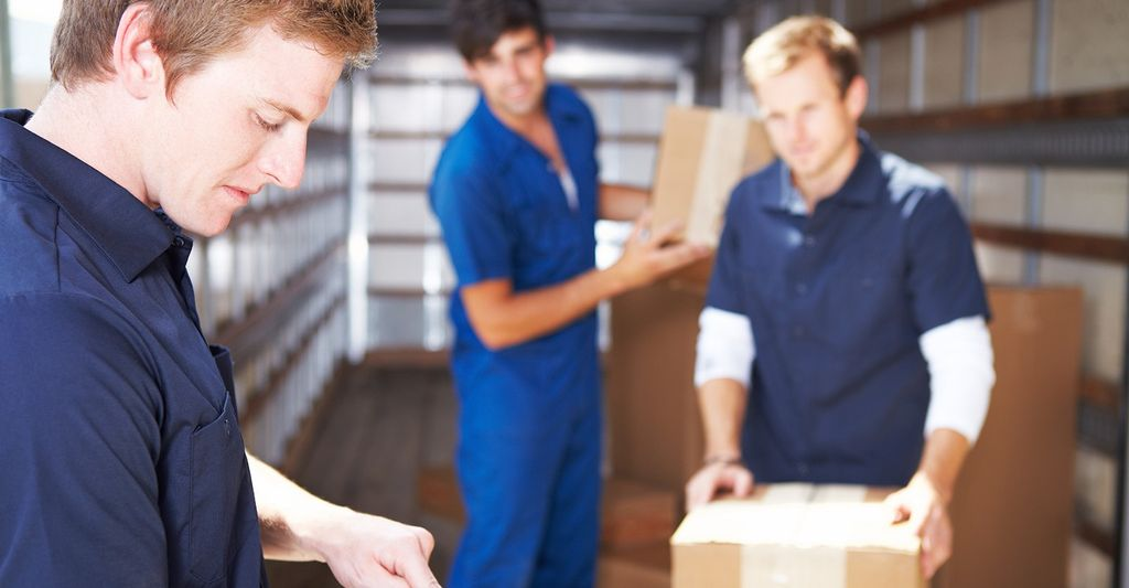 A moving and packing professional in Douglasville, GA