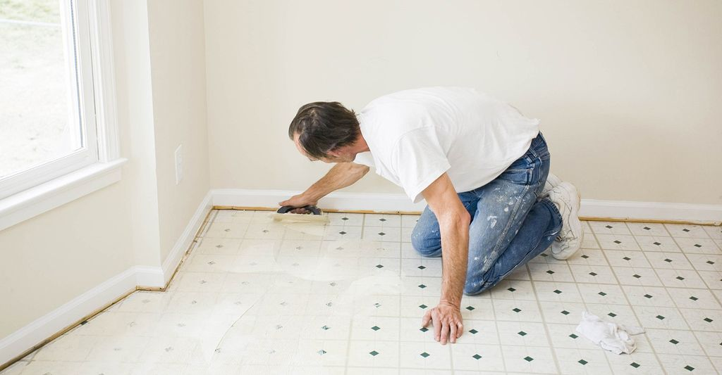 Find a vinyl sheet and tile flooring repairer near you