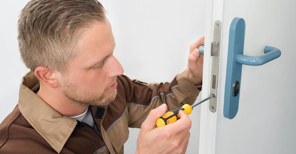 A door repair professional in Naperville, IL