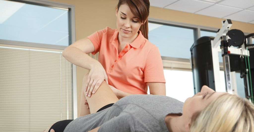 A medical massage therapist in Wheaton, IL