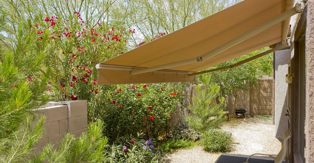 An awning professional in Yucaipa, CA