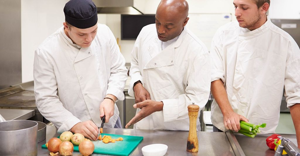 Find a beginner cooking instructor near Shawnee, KS
