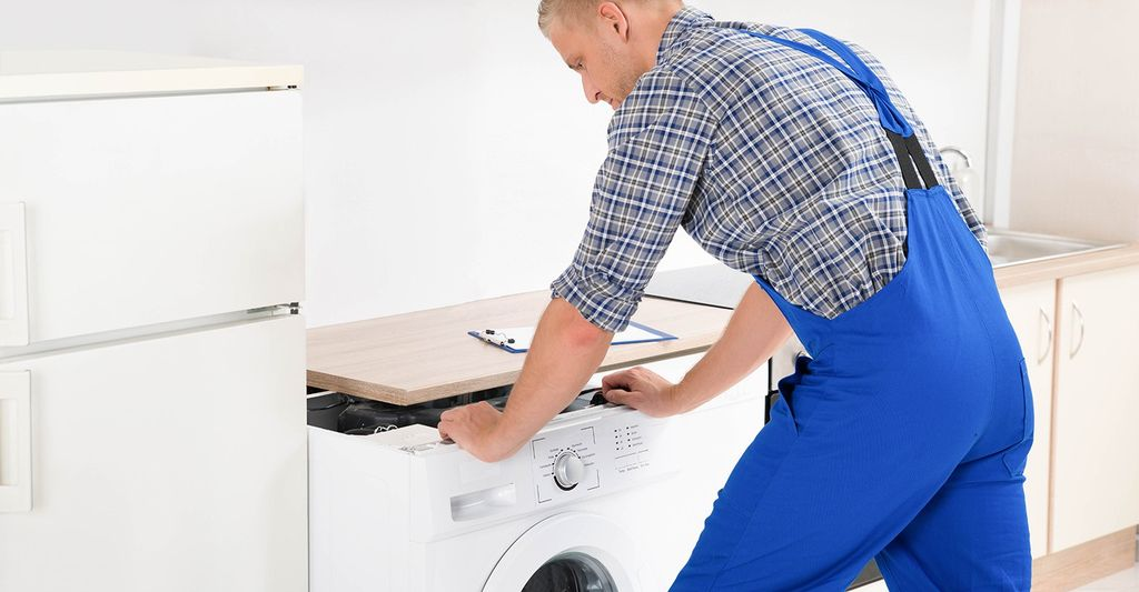 A washer and dryer repair professional in Douglasville, GA