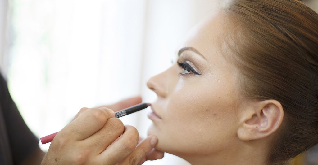 A bridal make up professional in Douglasville, GA
