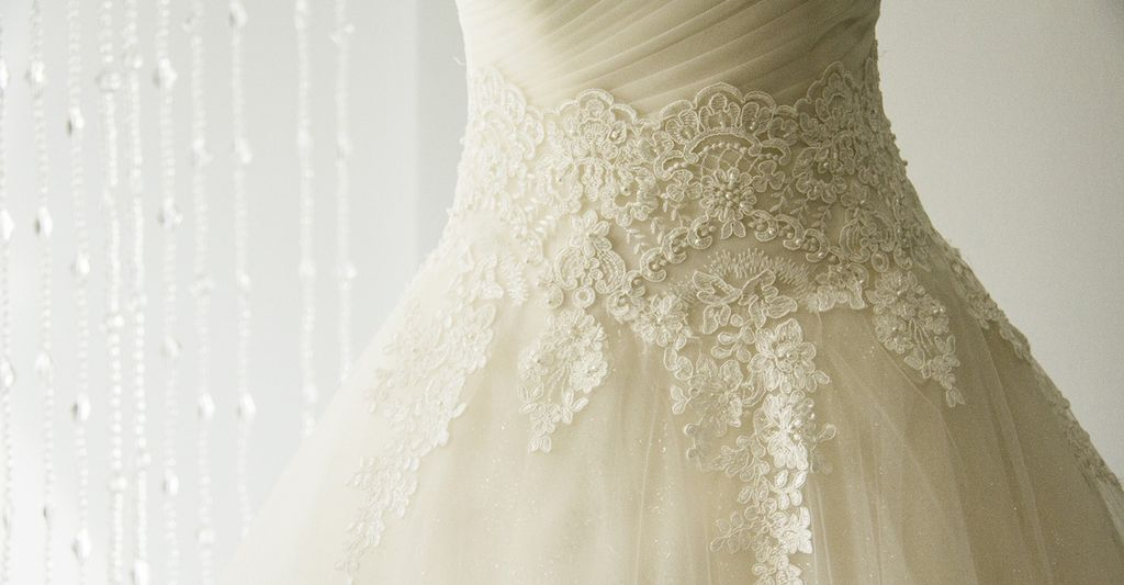 A Custom Wedding Gown Designer in Warren, OH