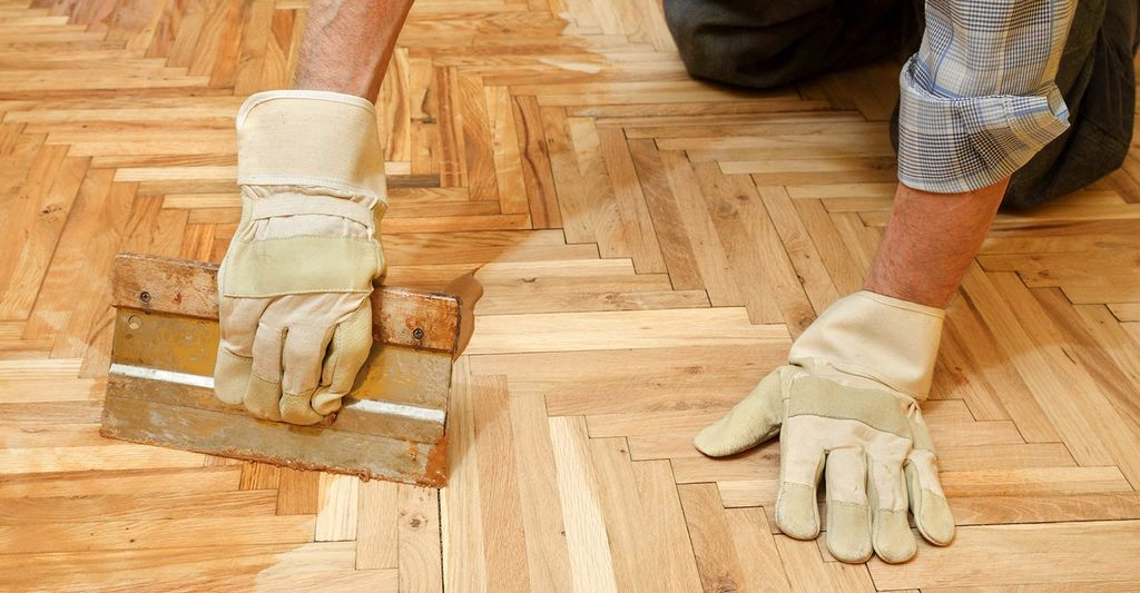 A laminate wood or stone flooring repairer in Johns Creek, GA