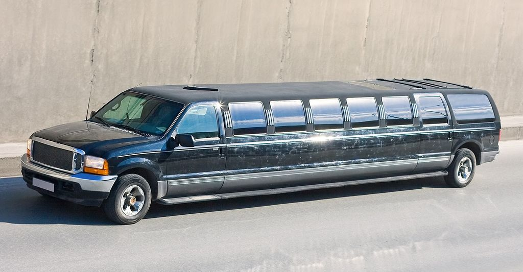 Find a suv limo renter near you