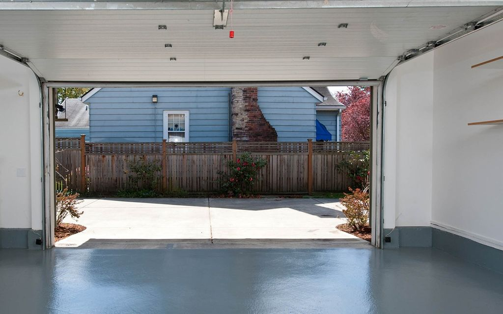 Average Garage Door Installation Cost With Price Factors