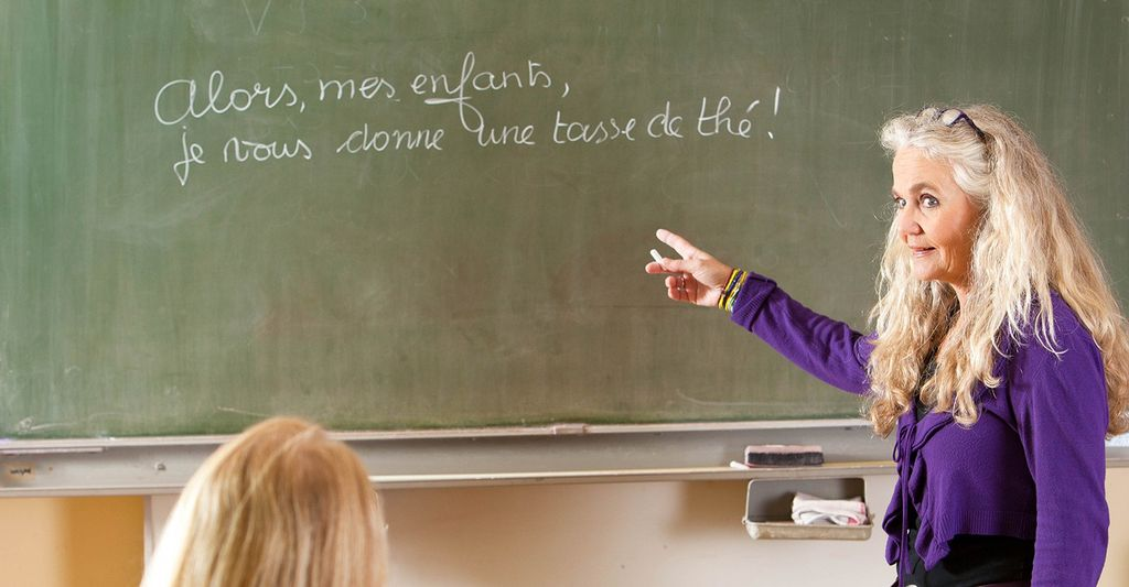 Find a French grammar instructor near you