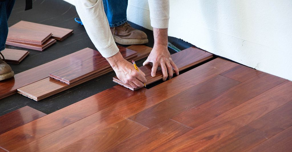 A hardwood floor installation professional in Chelsea, MA