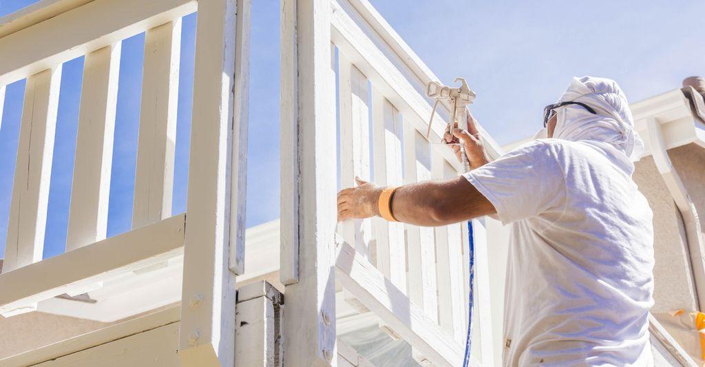 A balcony remodeler in Denver, CO