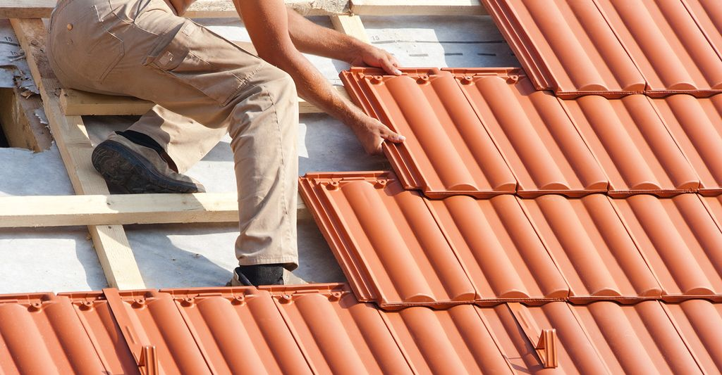 Find a clay tile roofing contractor near you