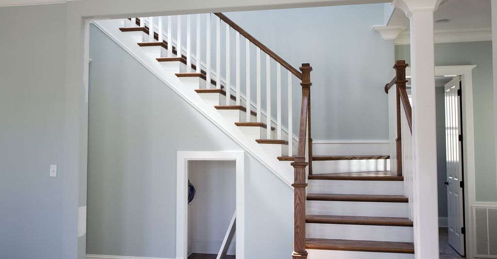 Find a stairs and railings contractor near Baltimore, MD