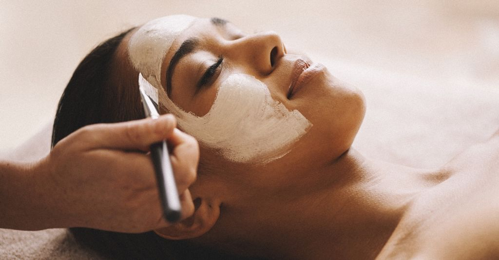 Find a facial service near Edmonds, WA