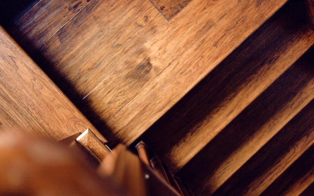 Find a hardwood floor protection contractor near you