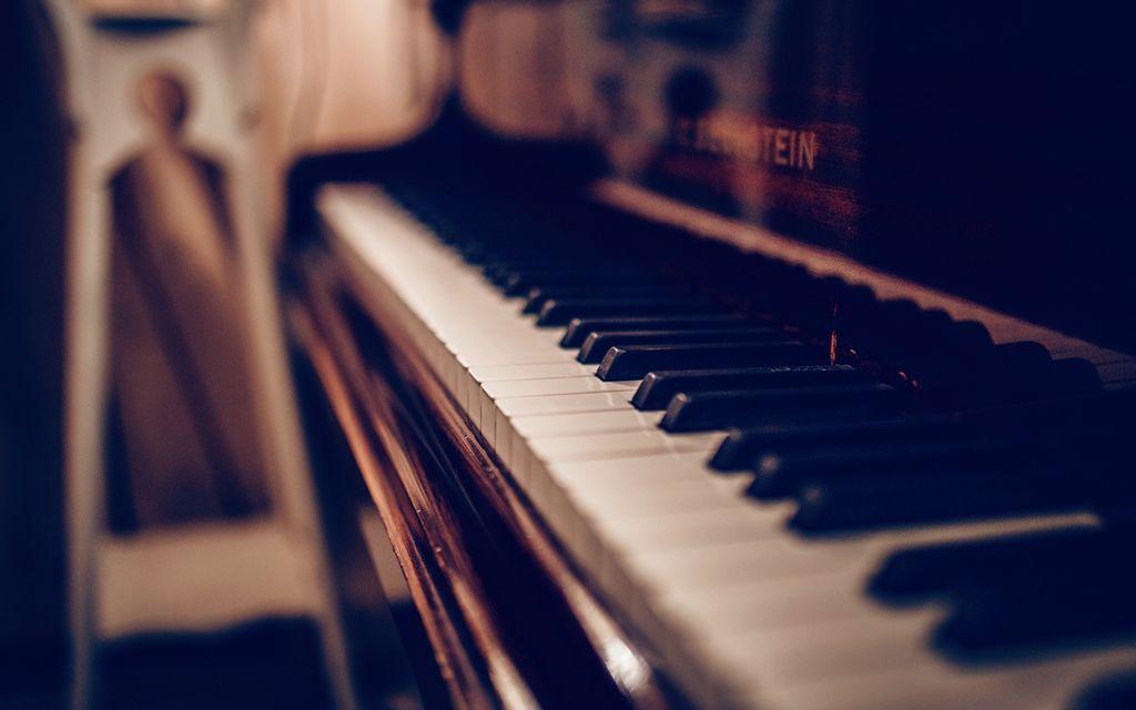 Piano tuner cost