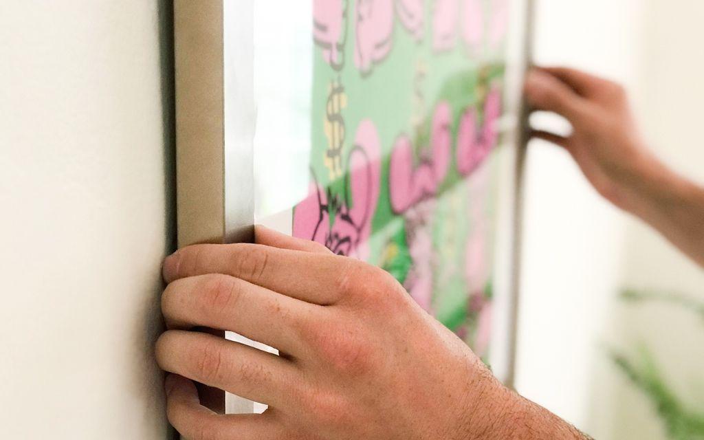 Find an art installer near Marietta, GA