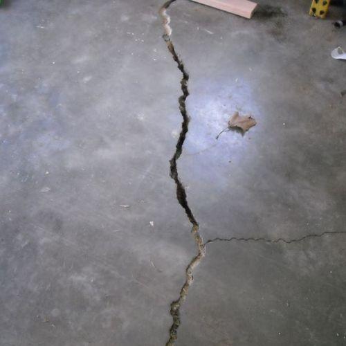 Garage slab structural cracks