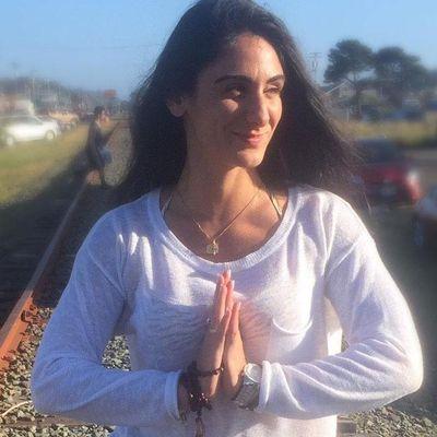 Avatar for Elyse Marie Yoga