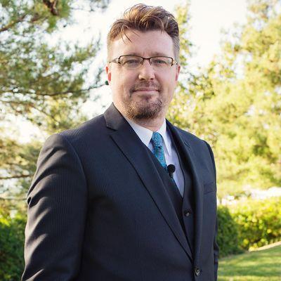 Avatar for Jonathan Derrick Mathe - Ordained Minister/Wedding Officiant Beaumont, CA Thumbtack
