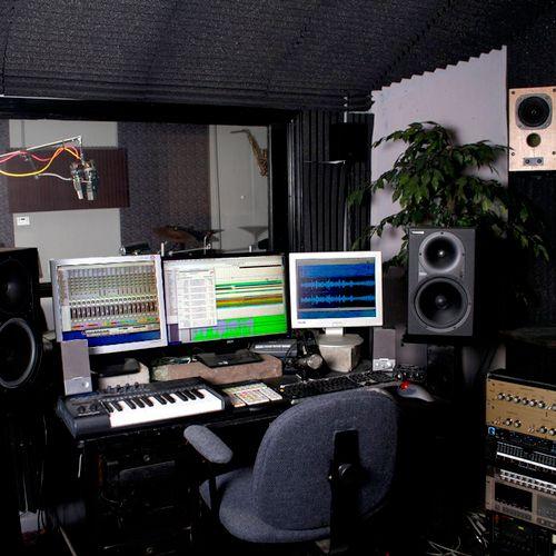 Control Room Dual Macs