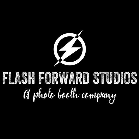 Flash Forward Studios: A Photo Booth Company