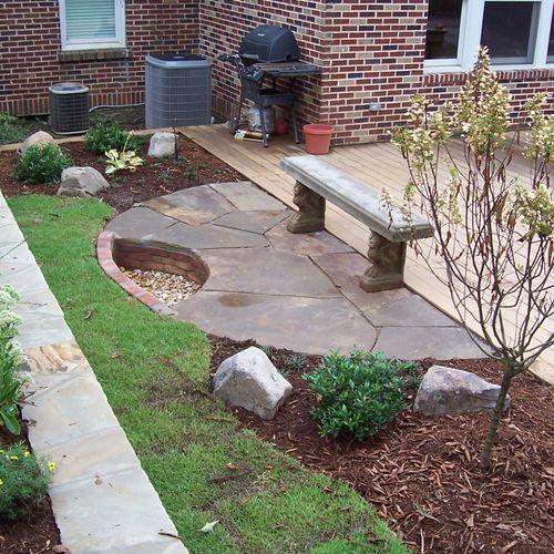 fire pit/patio/garden