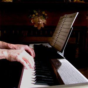 Piano Technique: Correct hand and finger posture