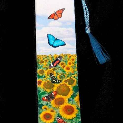 Tons of Bookmarks to choose from!
