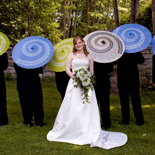 Beautiful bride with groomsmen.