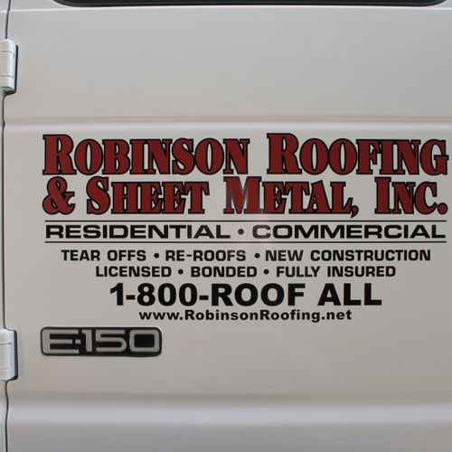 Work Van - Robinson Roofing & Sheet Metal - DeKalb, DuPage, Kendall, Will and Kane County roofing services.