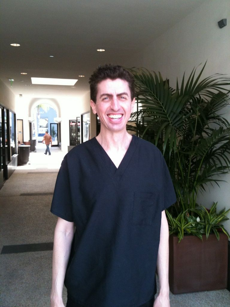 Dr. Chris Nikolaidis