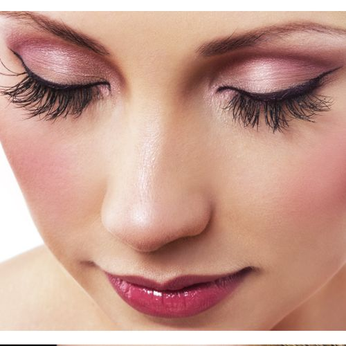 Professional Lash Extensions in 25 Minutes!
