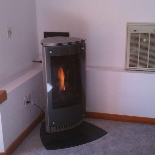 Modern direct vent gas fireplace - Heat-N-glo Paloma