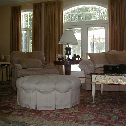 Understated elegance and comfort for this West of Boston living room