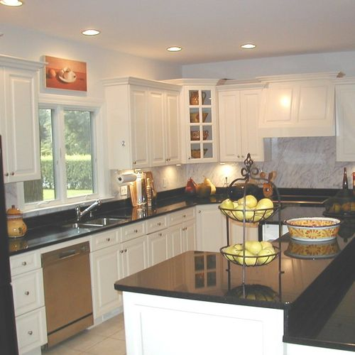 Easy to maintain kitchen makes family living a pleasure