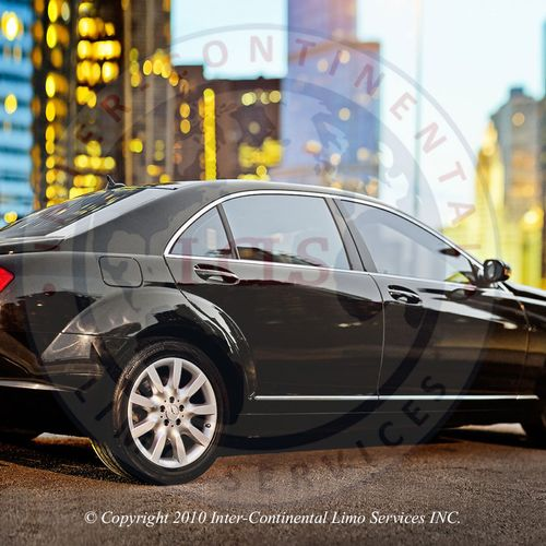Mercedes limo service in Chicago. www.i-cls.com/mercedes-benz-services.html