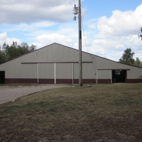 This is the barn from the outside, this includes the indoor arena as well as the stalls, heated tack rooms, heated lounge, wash stall etc.