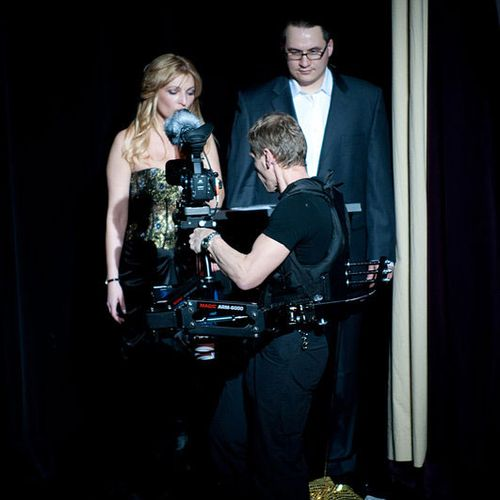 Shooting live show with steadicam. hdvideoproduction.tv
