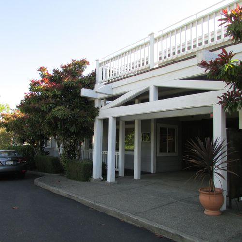 Santa Rosa Acupuncture Office exterior.