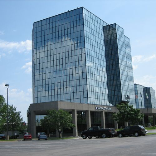 Convenient Location!   I-435 and Metcalf Free Initial Consultation