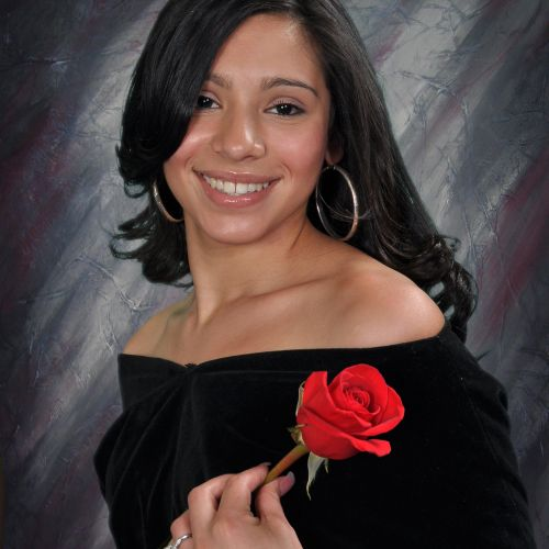 Senior portrait by AMC school photographers